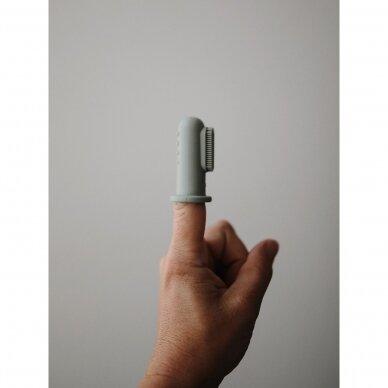 Dantukų masažuoklis-šepetukas Mushie, Blush/Shifting Sand 2 vnt. 2
